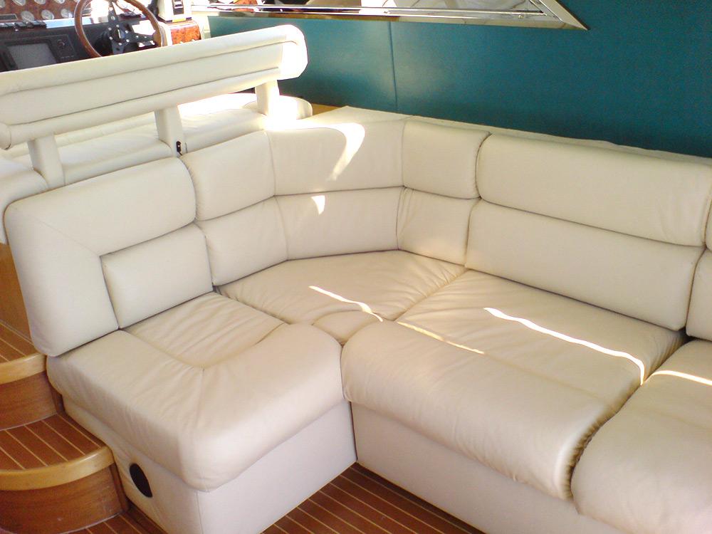 Omtalade Behöver du nya båtdynor? - Alfa Bil & Båt Sadelmakeri BE-65